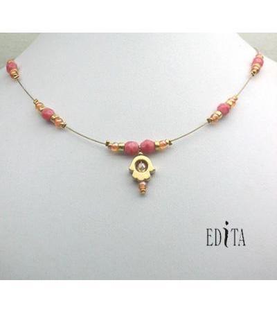 ʻO Hamsa Necklace Goldeand Coral na Edita